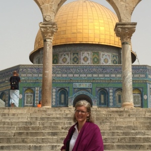 I wore a shawl to cover my arms at the Dome of the Rock